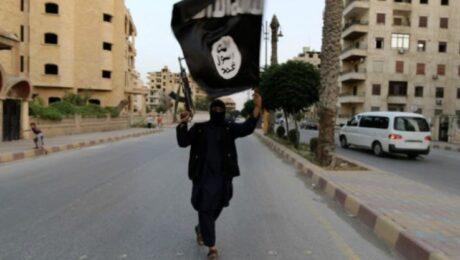 Фото: Гражданин Канады несколько лет притворялся боевиком ИГИЛ, раздавая интервью местным СМИ